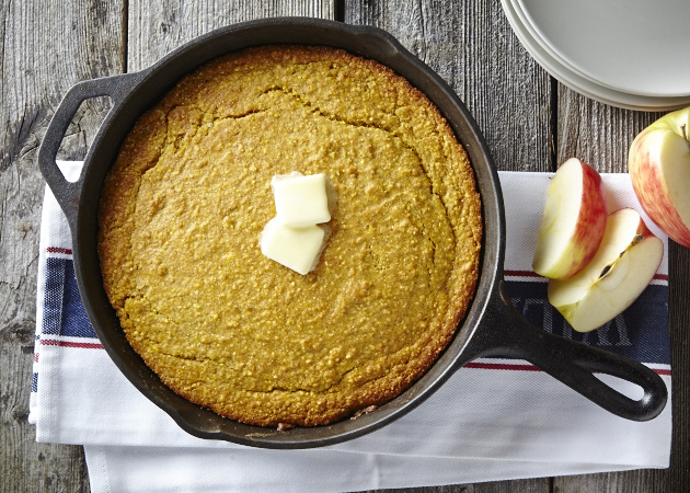 Skillet Corn Bread 25595